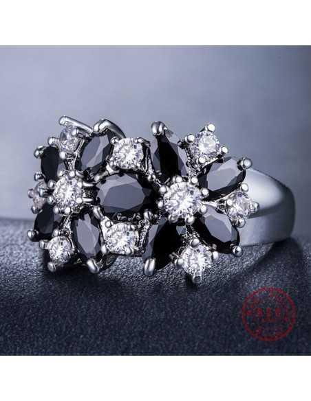 Inel Argintat Brilliant Negru Inele 68,00lei